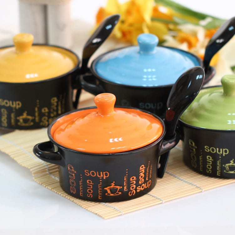 Lovely ceramic tureen with lid and spoon tableware creative soup pot kitchen supplies four colors mixed