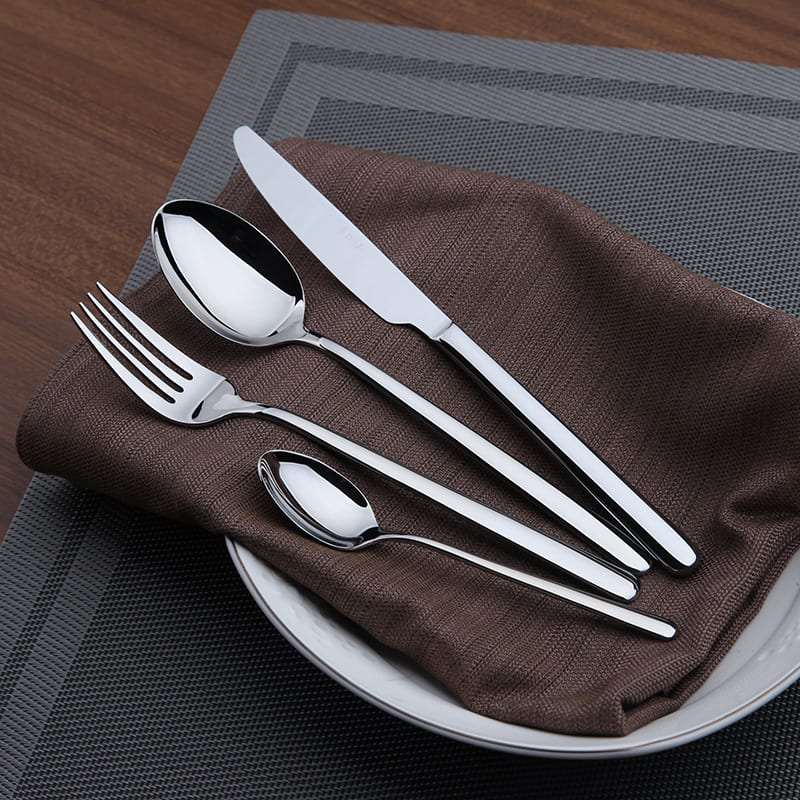 Cutlery Set 24 Pieces Tableware Stainless Steel Western Dinnerware Set Classic Dinner Set Knives Forks TeaSpoons Wedding Dining